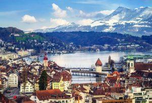 luxury-ski-chalet-in-swiss-alps