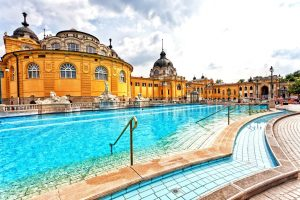 Weekend in Budapest - Turkish baths - AssistAnt luxury travel