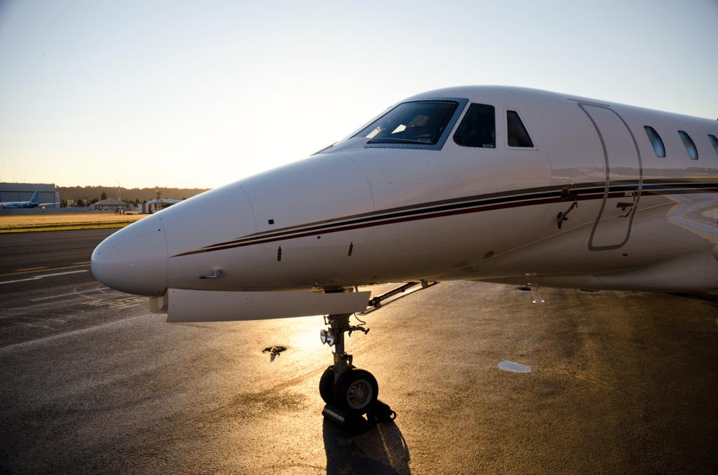 Charter a Jet - AssistAnt