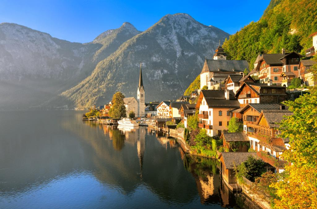 Hallstatt Village Austria - AssistAnt