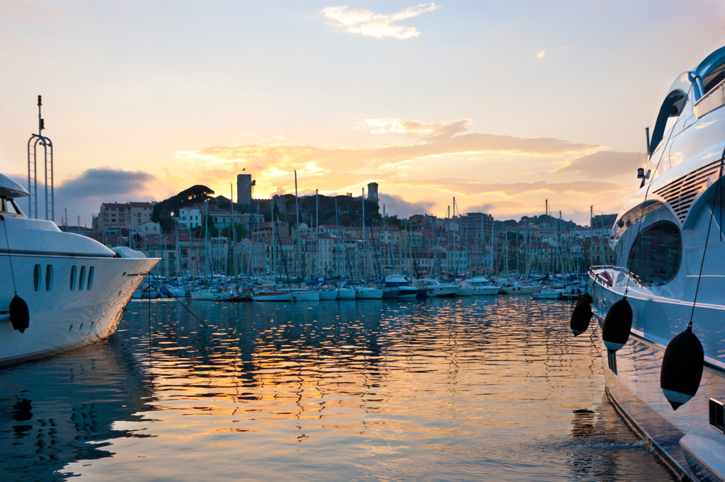Yachting in France Mediterranean - AssistAnt Travel