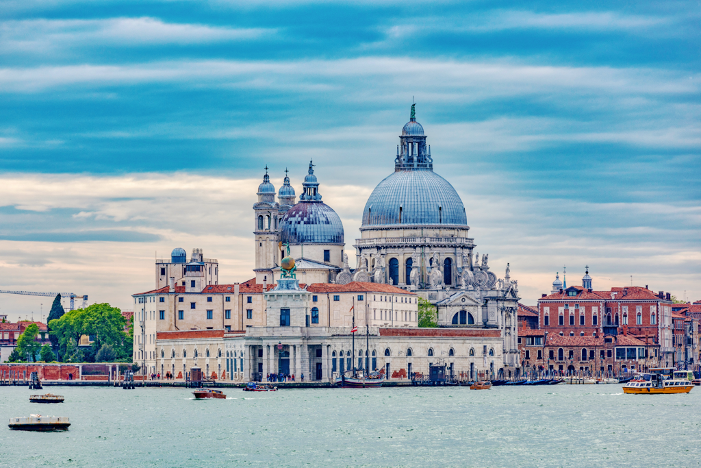 Venice Italy Things to do - AssistAnt