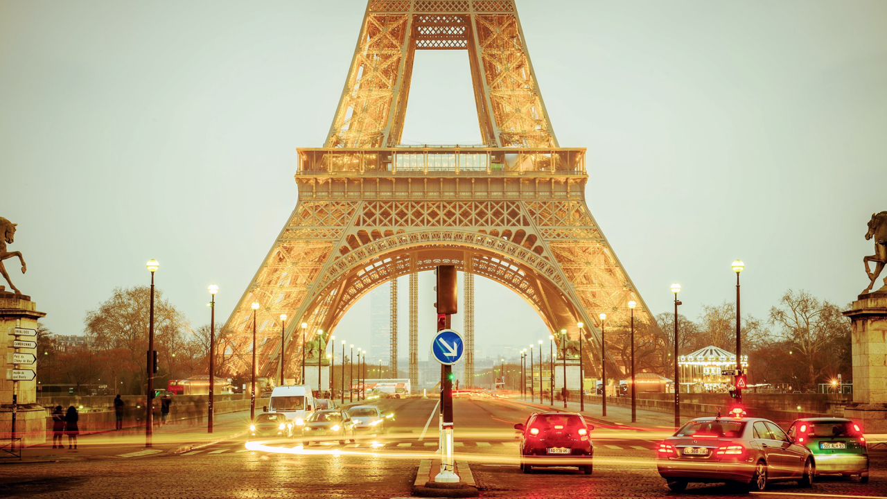 Facts About Paris - AssistAnt Travel