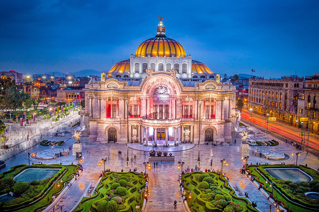 2021-Mexico-Travel-Guide-Visiting-Mexico-City-&-Cancun